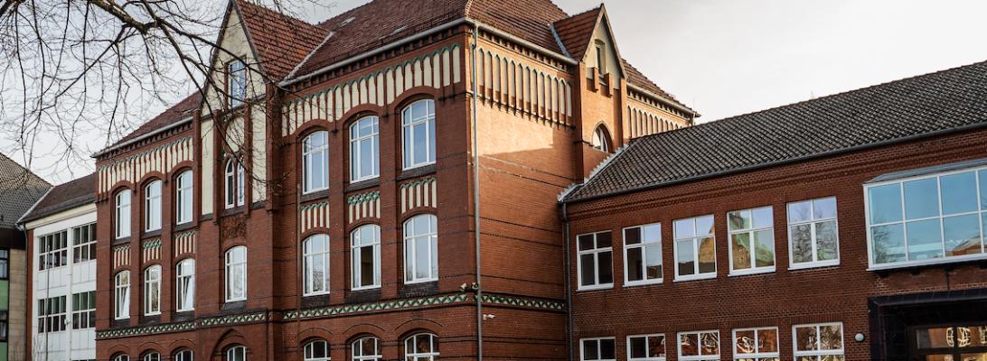 Schule, Bildung, Schaumburg, Stadthagen, Jugend, Niedersachsen, Schulgebäude